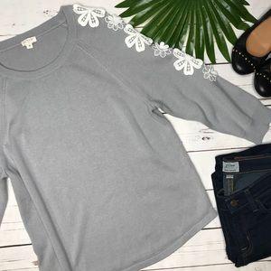 {J. Crew} sz M Cotton floral crochet gray sweater